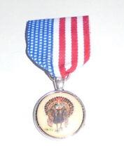 Big Turkey Fool Idiot Self Serving Dealing Political Medal Badge Pin Politician