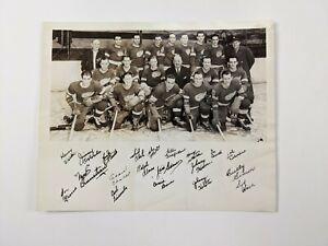 1942-43 DETROIT REDWINGS Hockey Team Photo Facsimile Signatures