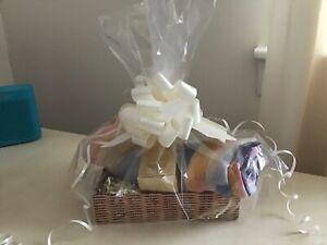 Oriflame Perfume Giordani Gold Original Goft Set with Scarf + Basket