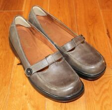 Gray Taupe Mary Janes Shoes Womens 8.5M Career Casual Leather Slip on Auditions