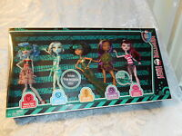 MONSTER HIGH SKULL SHORES 5 PACK GHOULIA FRANKIE CLEO CLAWDEEN DRACULAURA