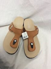 Rouge Sandles Tan Size 9 With Buckle On The Side To Adjust Confort NEW