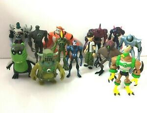 Lovely job lot bundle collection of BEN 10 action figures 4/5 inch (G2)