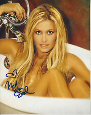 Beautiful Nicole Eggert autographed 8x10 in tub color  photo Baywatch star