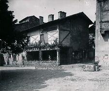 PEROUGES - Jolie Maison Ain Rhône Alpes - DIV1210