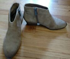 Vince Camuto Womens 7.5 M Cider Burnished Suede Western Ankle Boot Side Zip $139