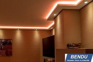LED Stuckleisten indirekte Beleuchtung Wohnzimmer Wand Decke Lichtvouten-Profile