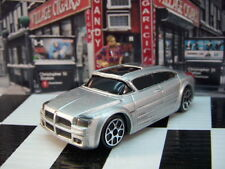 '10 MAISTO 2001 DODGE SUPER 8 HEMI CONCEPT LOOSE 1:64 SCALE