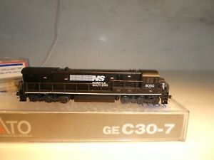 KATO N SCALE C30-7 NS RD# 8050     KATO 176-30A    GREEN LABEL