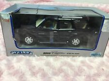 WELLY 1:24 - 2002 Cadillac Escalade Die Cast Model - Black
