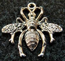 5 Pcs. Tibetan Silver Large BEE Bug Charms Pendants Earring Drops Findings IN27
