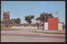 Postcard COTEAU du LAC Quebec/CANADA  Venise Motel Motor Court view 1950's
