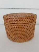 "Round Woven Wicker Rattan Basket with Lid 4.5"" tall by 6"" diameter Boho Decor"