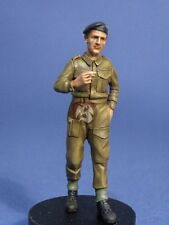 Resicast 1/35 British Soldier Walking at Ease with Cigarette WWII 355589