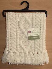 Carraig Donn - Children's - Ivory Cream Merino Wool Hand Knit Cable Fringe Scarf