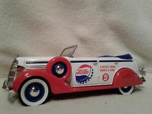 Spec Cast Pepsi 70004 1936 Dodge 4 Door Convertible Bank 1/28