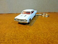 WHITE 1967 CHEVY CHEVELLE SS CUSTOM DIE CAST  KEY CHAIN 1/64 SCALE