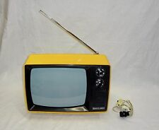 VINTAGE JUNOST  402ДС  14''  RUSSIAN TV portable 230V / 12V VERY RARE