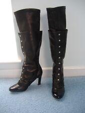Chanel Noir Extensible Bottes en cuir, Enfiler + boutonnée Overlay NEUF 6.5 39.5