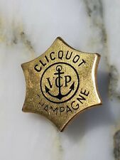 Insigne badge veuve Clicquot Champagne muselet