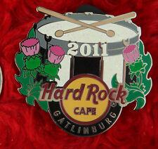 Hard Rock Cafe Pin GATLINBURGH Thistle Snare DRUM sticks LE250 flower logo lapel