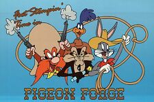 Bugs Bunny, Wile E. Coyote etc in Pigeon Forge Tennessee - Looney Tunes Postcard