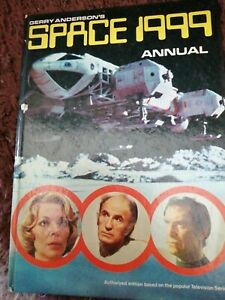 Space 1999 Annual 1975. Very Good Condition.