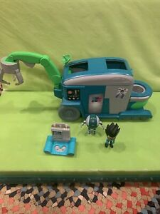 PJ MASKS ROMEO ROLLIN LAB PLAYSET (3 Piece) VEHICLES/FIGURES/ Battery Operated