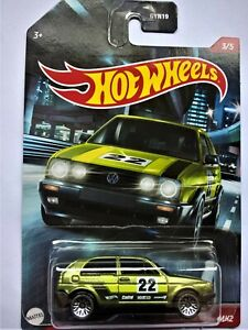 HOTWHEELS BY MATTEL - VW GOLF MK2