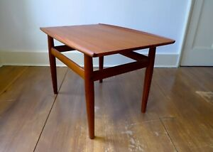 MID-CENTURY DANISH SIDE / COFFEE TABLE by GRETE JALK for GLOSTRUP MØBELFABRIK