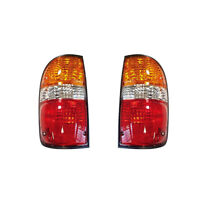 Tail Lights Rear Back Lamps Pair Set for 01-04 Toyota Tacoma Pickup Left /& Right