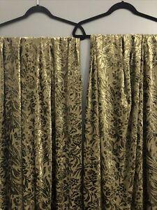 POTTERY BARN Green Burnout Velvet Rod Pocket Curtain Panels 2 Rideau 41 x 84 EUC
