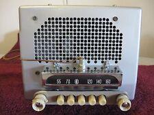 BEAUTIFUL RESTORED 1951-1952 CHEVROLET RADIO DELUXE 6 VOLT 51-52 CAR PLAYS FINE