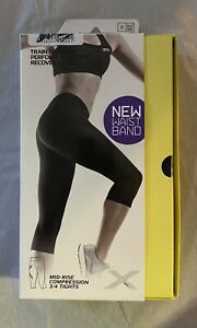 Brand New Women's 2XU Mid Rise 3/4 Length Compression Tights Sz Small $109.95