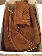 Brand New Vintage Taos Brown Suede Indian Moccasins Size 9
