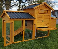 Cocoon Nelly Air Chicken House with Opening Roof