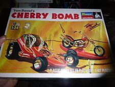 Monogram CHERRY BOMB TOM DANIELS MODEL CAR MOUNTAIN KIT FS 1/24 CUSTOM SHOW CAR
