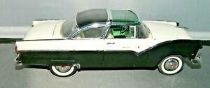 Danbury Mint 1:24 1955 Ford Fairlane Crown Victoria Black & White