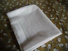 """coupons tissu   """" lapin """"    + petit pois noir sur fond blanc"""