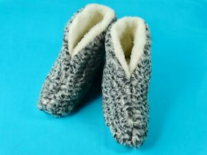 100% Natural NEW Sheepskin Wool Warm Winter Unisex Slippers Booties House Shoes