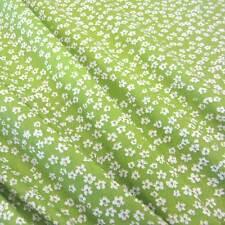 Stoff Meterware Baumwolle Popeline Blumen Mille Fleur geblümt grün weiß Blüten