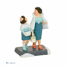 Dept 56 Christmas in the City 4056629 Shopping On Park Avenue 2017