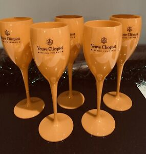 💋Veuve Clicquot Champagne Orange Flutes💋