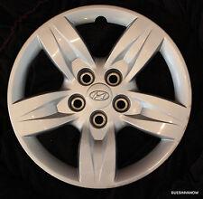 "Genuine Hyundai Santa Fe 16"" hub cap 2009 Wheel Cover Original hub"