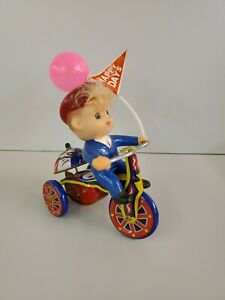 Vtg 1960's SU Boy In Suit On Tricycle HAPPY DAYS flag Balloon Wind Up Toy WORKS!