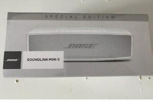 New & Sealed Bose SoundLink Mini II Special Edition White READ DESCRIPTION