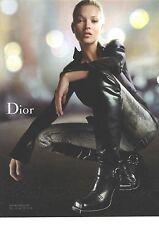 PUBLICITE ADVERTISING  2006  DIOR  bottes chaussures portées par Kate Moss