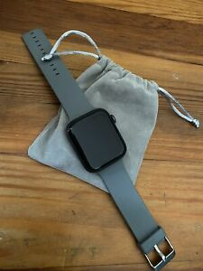 Apple Watch Series 4 44 mm Space Gray with A Gray & The Black Sport Band (GPS)
