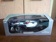 Minichamps F1 MERCEDES GP F1. MGP W01 M. Schumacher 1/18 SCALA 2010