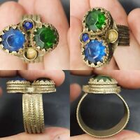 ANCIENT ROMAN BRONZE RING WITH ROMAM GLASS 200-300 AD